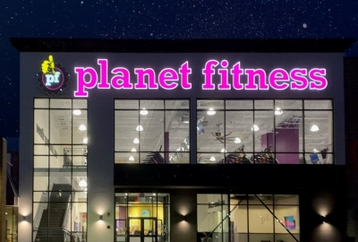 Rich May Client Granite Coast Properties Opens New Planet Fitness Health Club Location Figure